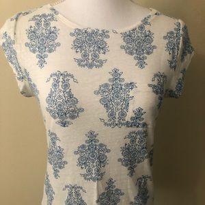 LOFT Linen White Front Pocket Tee Blue Floral XS